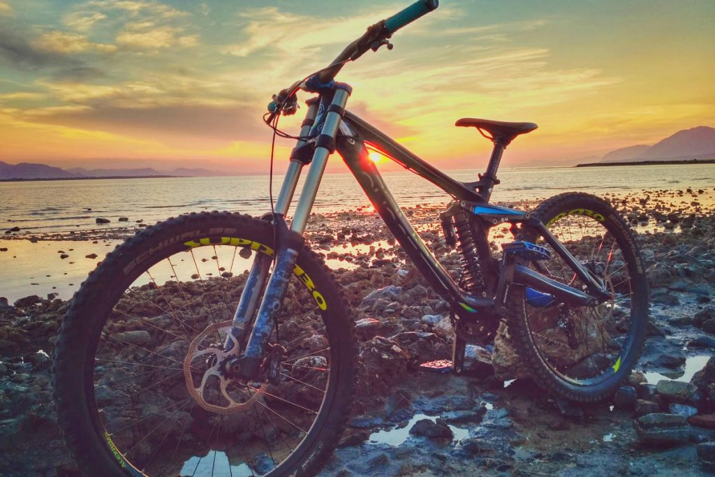 mountain bike near lake