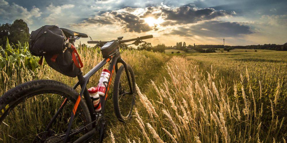best mountain bike accessories